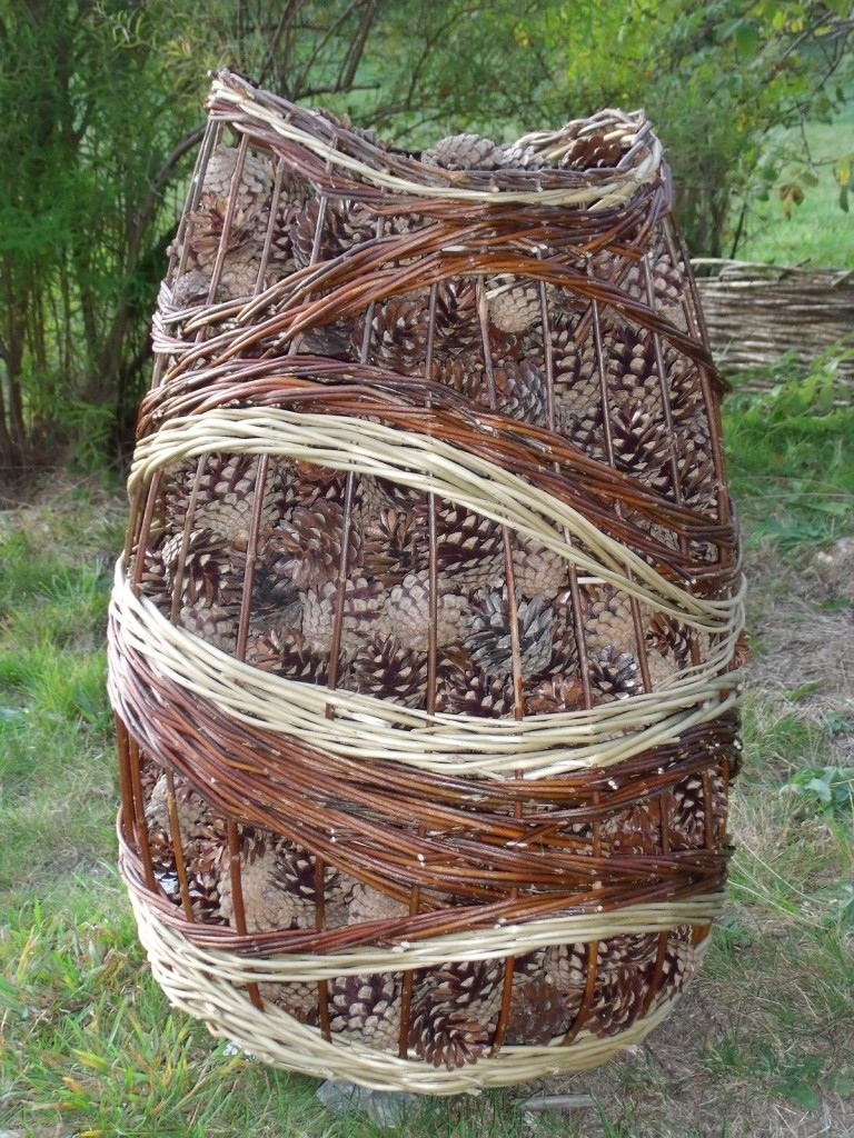 """Vannerie de jardin de Carine Losay : """"L'arbre en mouvement"""""""