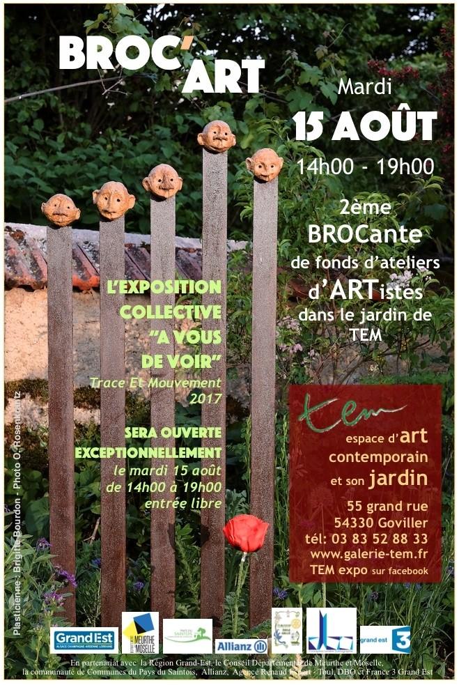 Broc'Art, brocante de fonds d'ateliers d'artistes dans le jardin de TEM espace d'art contemporain